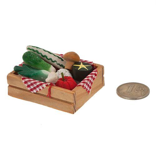 Овощи в деревянном ящичке